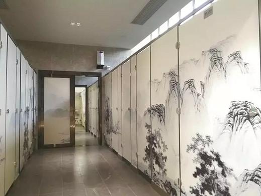 还有这种操作!杭州现神设计公厕 男女厕可随时转换
