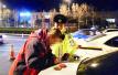 青岛交警接连遇奇葩司机 有的醉酒骑电动车上高速