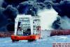 东海油轮事故三问:谁来救助 谁来出钱治理污染?