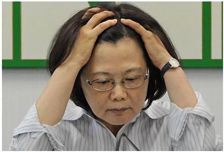 澳门赌博95至尊网址:蔡英文施政不满意度超6成 民众最盼其表姐被革职