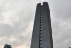 深圳街头现拉链大楼