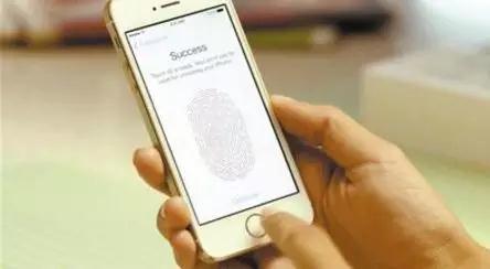 """线上赌博平台网址:iPhone安全性无懈可击?非官方破解让""""铜墙铁壁""""变成""""纸糊的""""!"""