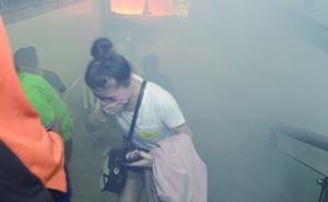 地铁车厢失火如何逃生?南京举行最大规模消防演习