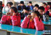 华媒:新加坡儿童近视几率远超欧洲 户外活动少