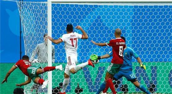 俄罗斯世界杯 C罗帽子戏法 葡萄牙3:3战平西班牙