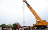 【组图】巴基斯坦南部发生卡车与客车相撞事故致17人死亡