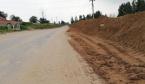 新郑龙湖近一个月被倾倒近百亩渣土 村支书一问三不知
