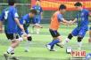 """南京""""草根足球""""火热开赛共享快乐足球"""