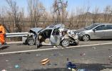 北京八达岭高速发生严重车祸 高速驾车安全指南请收好