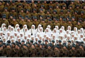 俄罗斯红场阅兵:士兵着二战军服,喀秋莎火箭炮亮相