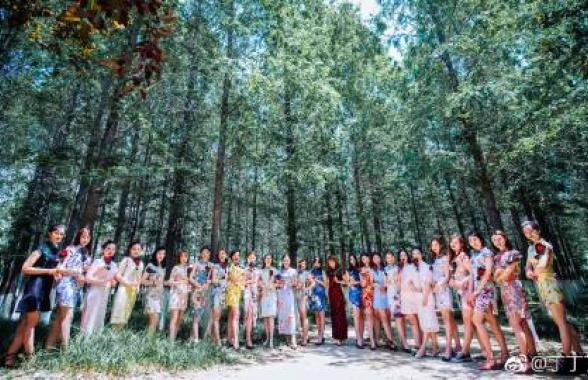 畢業照致青春!徐州江蘇師範大學最美班級畢業了!