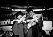 媒体调查:没毕业就生娃 这些校园学生夫妻你们过得好吗
