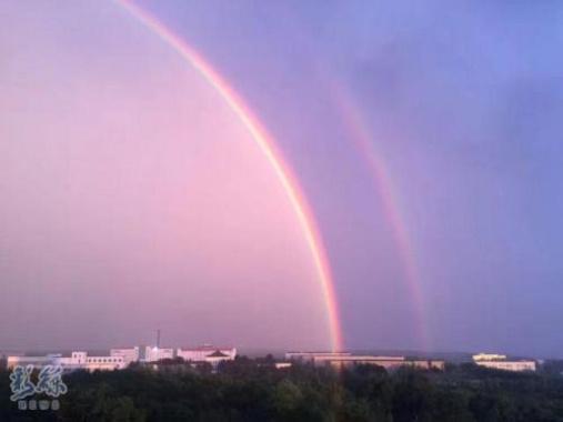 美翻了! 长春大雨过后天空出现双彩虹