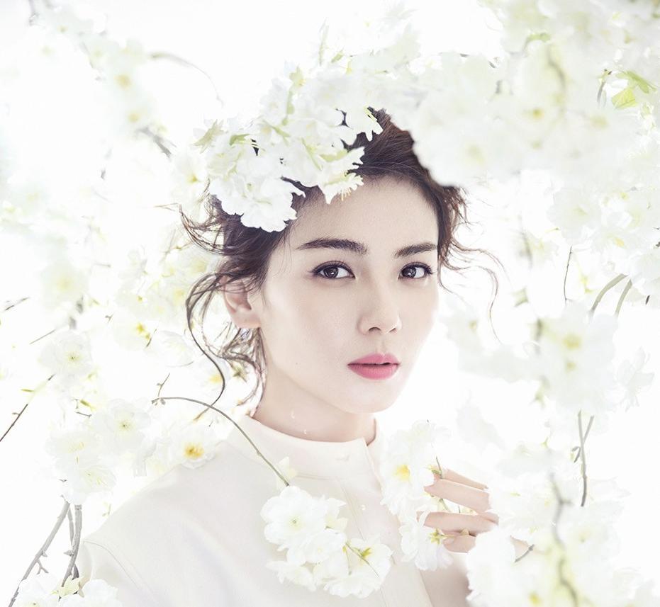刘涛登杂志双封面,超美演绎