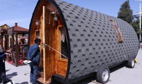 木屋房车博览会在京开幕 形态各异吸引眼球