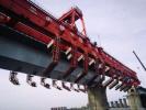 膠州灣跨海鐵路大橋順利合龍 青連鐵路將年底通車