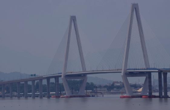 乐清湾跨海大桥壮观