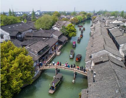 """中国互联网第一镇乌镇:当千年古镇拥抱""""互联"""